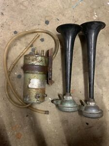 Rare SEV Marchal Two Tone Air horns Police Fire Ambulance 12 volt
