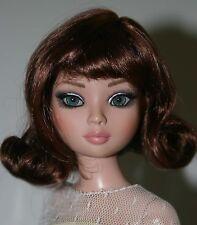 Chestnut Brown Wig w/ Bangs Size 6-7  Ellowyne Evangeline Kish Tonner - Sabrina