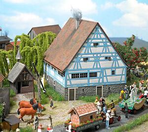 Busch 8236 N Gauge, Farmhouse Zaisenhausen # New Original Packaging #