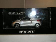 Voitures, camions et fourgons miniatures argentés MINICHAMPS avec offre groupée