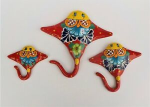 THREE (3) PIECE MEXICAN TALAVERA POTTERY STINGRAY SCULPTURE SET FISH FIGURE