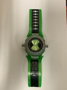 """Ben 10 Alien Force Ultimate """"OMNITRIX"""" Watch NO translucent characters Included"""