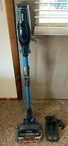 Shark Ionflex Duoclean IF203QBL cordless stick vacuum, 1 Battery Nice!
