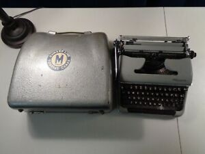 Estate Cunard Lines Olympia De Luxe Deluxe Portable Typewriter w/ Carrying Case