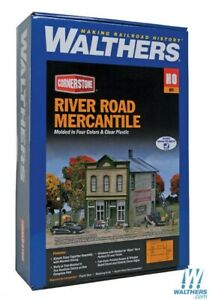 "Walthers 933-3650 River Road Mercantile Kit - 5-3/4 x 5 x 5-1/2"" HO Scale"