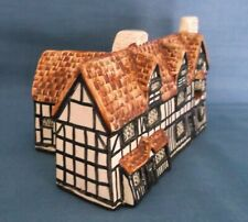 TEY POTTERY SHAKESPEARE'S BIRTHPLACE STRATFORD UPON AVON ENGLAND FIGURE MODEL