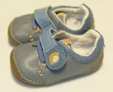 Clarks Baby Boy grey Leather first shoes size 2/17.5 H Extra wide fit