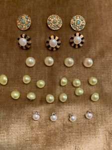 Assorted Lot Of 26 Vintage White, Mint Green Pearls, Turquoise & Pearls Buttons