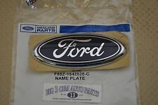 E-150 E-250 E-350 F-250 F-350 Excursion Ford Oval Blue Tailgate EMBLEM new OEM