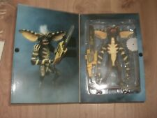 Gremlins Ultimate Stripe Actionfigur Gremlin 15 cm in Fensterbox NECA