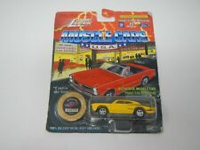 Johnny Lightning Muscle Cars U.S.A. 1970 Super Bee Yellow (2)