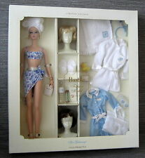 Beautiful Silkstone Spa Getaway Barbie giftset NRFB brown and blonde wig