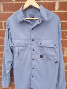 PATAGONIA OUTDOORS QUICK DRY SHIRT SIZE LARGE MENS AUTHENTIC USA IMPORT