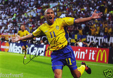 HENRIK LARSSON Signed Photograph - formerly Celtic & Manchester United preprint