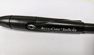 New Accu-Chek Softclix Lancing Device (Minor Scratches) SEE IMAGES