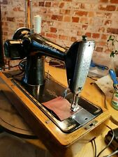 SINGER 201k-2 Sewing Machine Knee lever  EB919206 Serviced Video. Potted motor.l