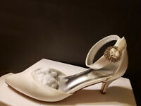 Satin Pointed Toe Rhinestones Ankle Strap Kitten Heel Bridal Shoes New US 8,CN38