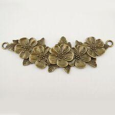 8 Leaf charms antique bronze tone BC140