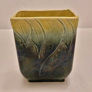 """Vintage Hull Pottery #116 Planter Green Yellow Drip Leaf Design 6"""" Tall"""
