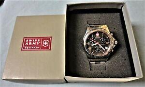 Running Victorinox Swiss Army Sapphire Crystal Stainless Steel Men's Watch