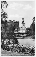 BR65022 buckingham palace and queen victoria memorial london real photo uk