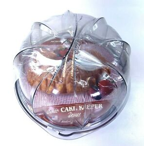 Nordic Ware Deluxe Bundt Cake Keeper 50001 Clear Display Twist to Lock Cover NEW