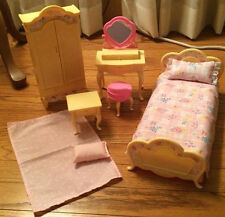 1996 Barbie Folding Pretty Bedroom Set Mattel Bed Vanity Wardrobe Nightstand GUC