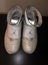 8ca0654ad31b Nike Air Jordan XX 20 Retro Laser White Silver 743991-100 SZ 10.5  Anniversary I
