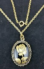 Vintage Oval Black Pendant with Rose Design on 33.5cm Gold Tone Chain