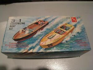 Vintage 1960's Chris Craft AMT 3-1 Customizing Kit. Original issue w/trailer.