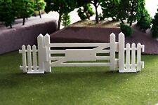 Goodwood style paling fence Gate Set for Scalextric or Slotcar tracks. 1:32
