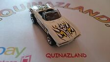 Hot Wheels 1965 Chevrolet Corvette 2001-109  (0002)