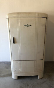 Antique Art Deco GM Frigidaire/General Motors 1940's -1950's Refrigerator