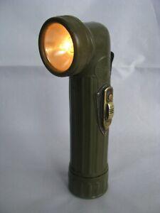 WW2 US Flashlight U.S. Army TL-122-B Gits Made in USA Tested & Working.