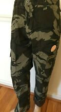 NWT MEN'S Wrangler Fleece Lined Cargo Relaxed Fit Camo Pants 70FCW Phone Pocket