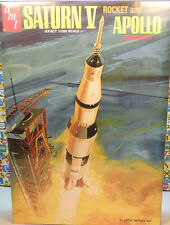 Saturn V Rocket And Apollo Spacecraft Amt 1:200 Scale Plastic Model Kit
