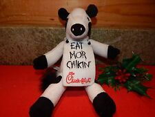 "8"" 2002 Chick-Fil-A Stuffed Cow Sandwich Board Toy Farm Animal Plush EUC"