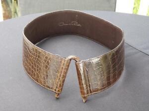 """Oscar De La Renta Snakeskin Leather Belt Size Small 2 1/2"""" Wide"""