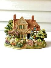 "Lilliput Lane "" The Hideaway "" The British Collection 1998 Handmade in England"