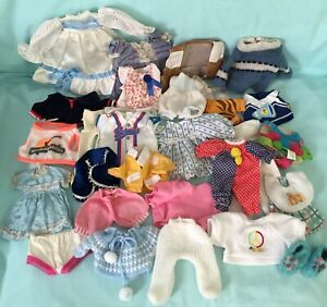 "Baby Doll Clothes Mixed lot of 30 pieces 8""-10"" dolls?"