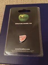 The Beatles Mini Metal Pin Badge - Rubber Soul