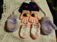 lot 4 articles gants  pour poupon, reborn, ou bb