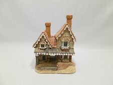 """""""The Porter's Lodge"""" D1069 by David Winter Cottages, Small Figurine"""