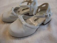 Girl's white dress shoes size 8