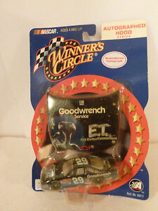 #29 KEVIN HARVICK GOODWRENCH + ET CHEVY HOOD 2002 WINNERS CIRCLE 1:64