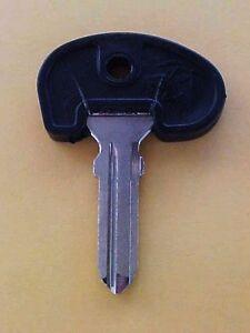 Ferrari 308 Door Lock Key Blank Uncut Key Blank Code 4_GENUINE