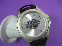 HARLEY-DAVIDSON BY BULOVA 96O16 LADIES CASUAL WATCH S/S CASE LEATHER SILVER DIAL