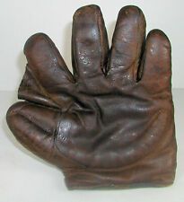 VINTAGE EARLY CRESCENT PADDED SPLIT FINGER FIELDERS GLOVE-MAKER???