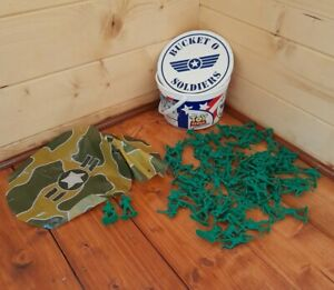 Toy Story Signature Collection Bucket O Soldiers (70+ Army Men) With Parachutes