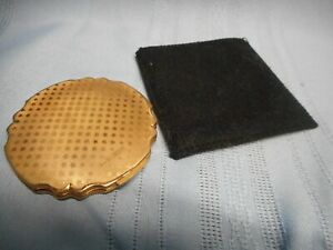 INTAGE STRATTON MAKEUP FOUNDATION EMBOSSED COMPACT WITH MIRROR ENGLAND